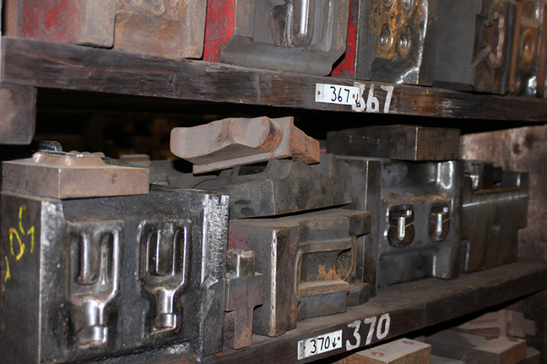 closed-die forging moulds